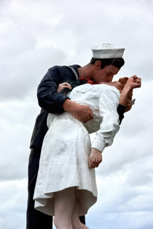 SAN DIEGO, USA – SEPTEMBER 28, 2019: The Kissing Sailor Statue in San Diego - Starpik Stock