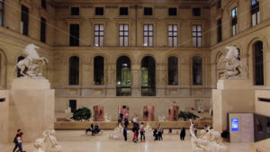 VIDEO – PARIS, FRANCE – OCTOBER 04, 2018: Visitors at Louvre museum art galleries, square and buildings, stock video - Starpik Stock