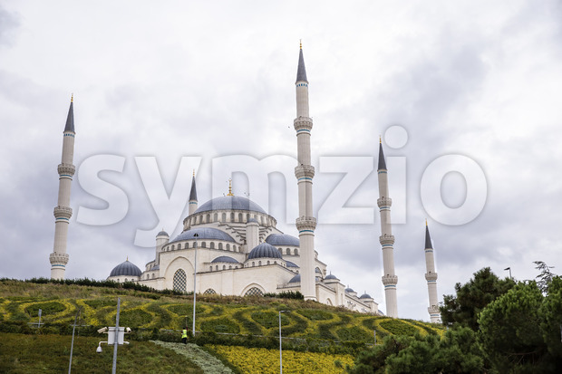 View of Camlica Mosque with gardens in front of it, cloudy weather in Istanbul, Turkey Stock Photo