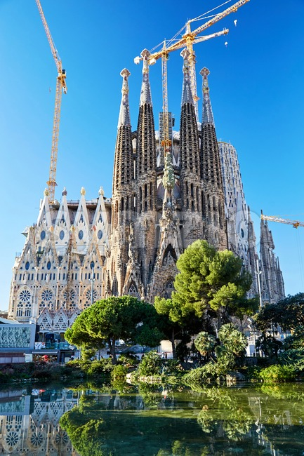La Sagrada Familia church in construction, Barcelona, Spain Stock Photo